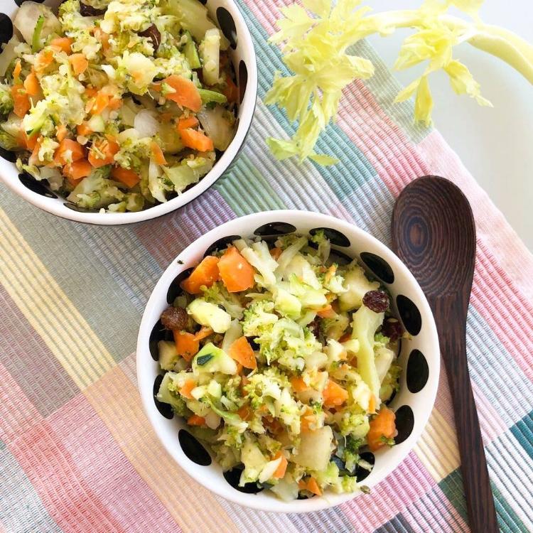 ensalada raw de brócoli crudivegana