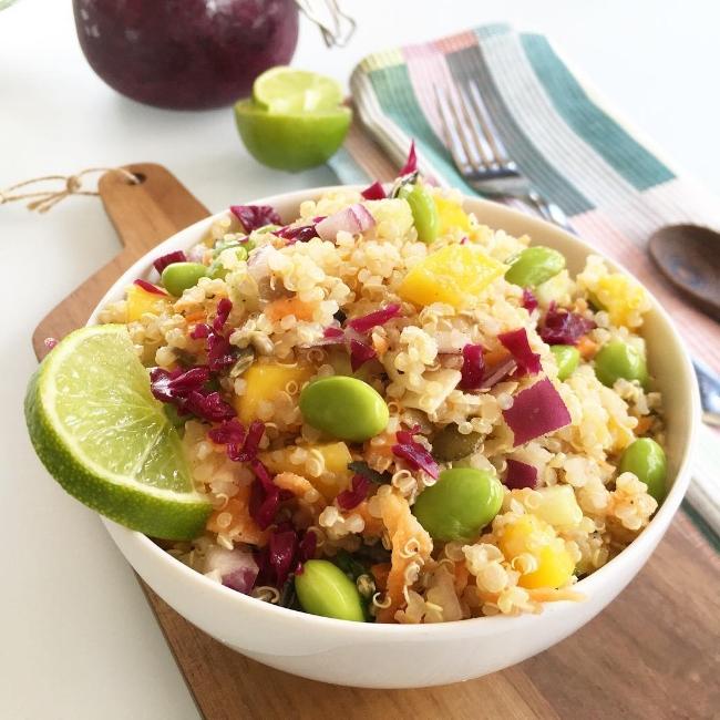 Receta vegana saludable de QUINOA VEGAN BOWL GLUTEN FREE.