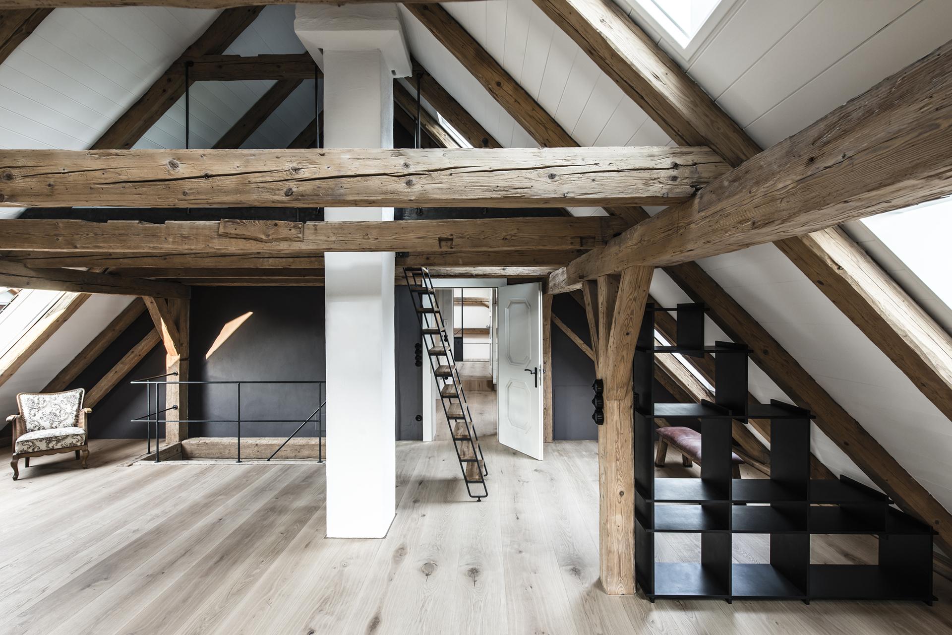 007-interior-design-residential-farmhouse-renovation-buero-philipp-moeller.jpg