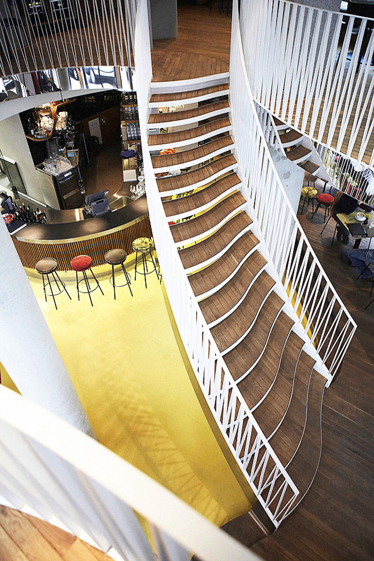 020-interior-design-hospitality-cafe-restaurant-glockenbach-muenchen-buero-philipp-moeller.jpg