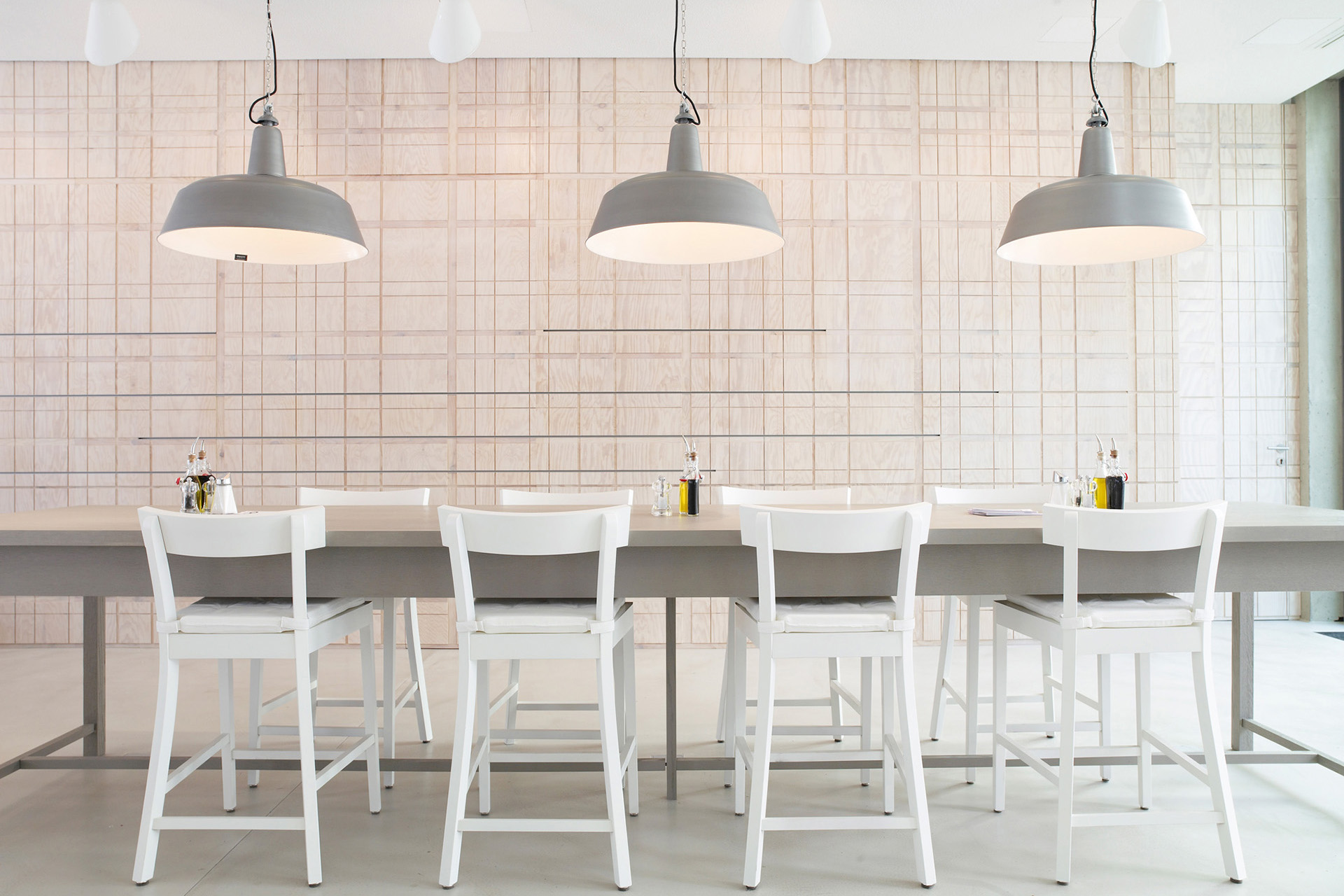 008-interior-design-hospitality-restaurant-ocui-open-cuisine-muenchen-buero-philipp-moeller.jpg