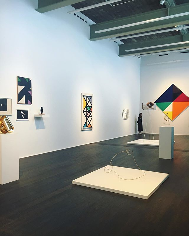 #MaxBill #bauhaus exhibition at @hauserwirth . . #aibartadvisory #artconsultant #artadvisor #artanddesign #contemporaryart #artconsultancy #artgallery #luxuryliving #fineart #inspiration #luxury #lifestyle #collector #artcollector #artlover #instadesign #style #hauserandwirth