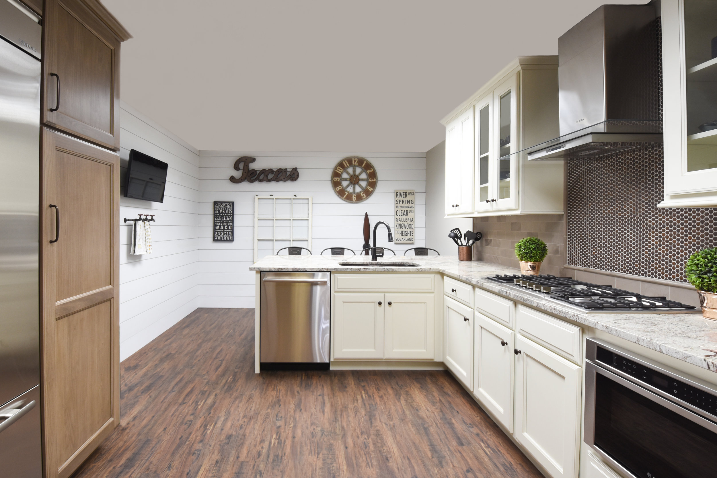 kitchen cabinetry showroom houston