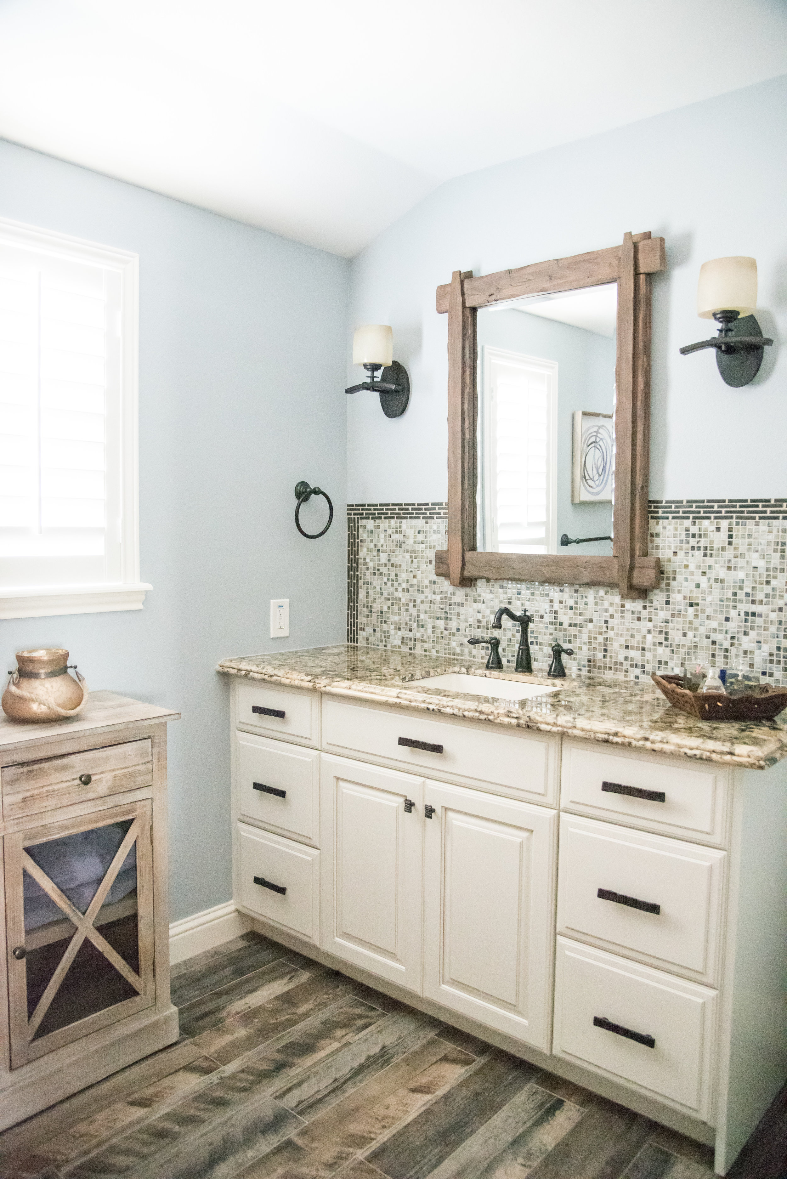 bathroom cabinets 2.jpg