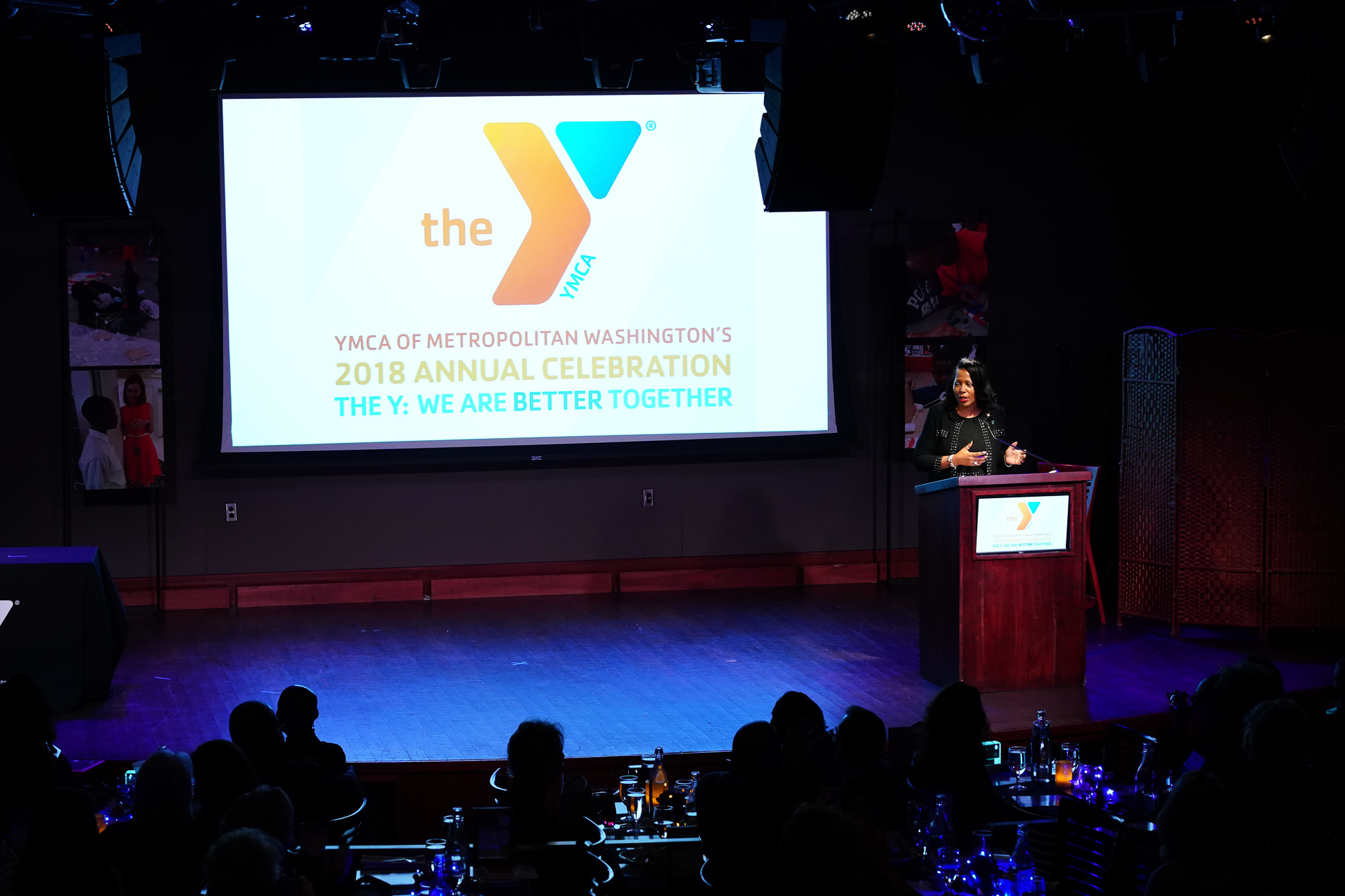 015-Christopher-Jason-Studios-the-hamilton-live-ymca-annual-celebration-the-y-washington-dc-event-photography-angie-reese-hawkins-speaks-to audience.jpg