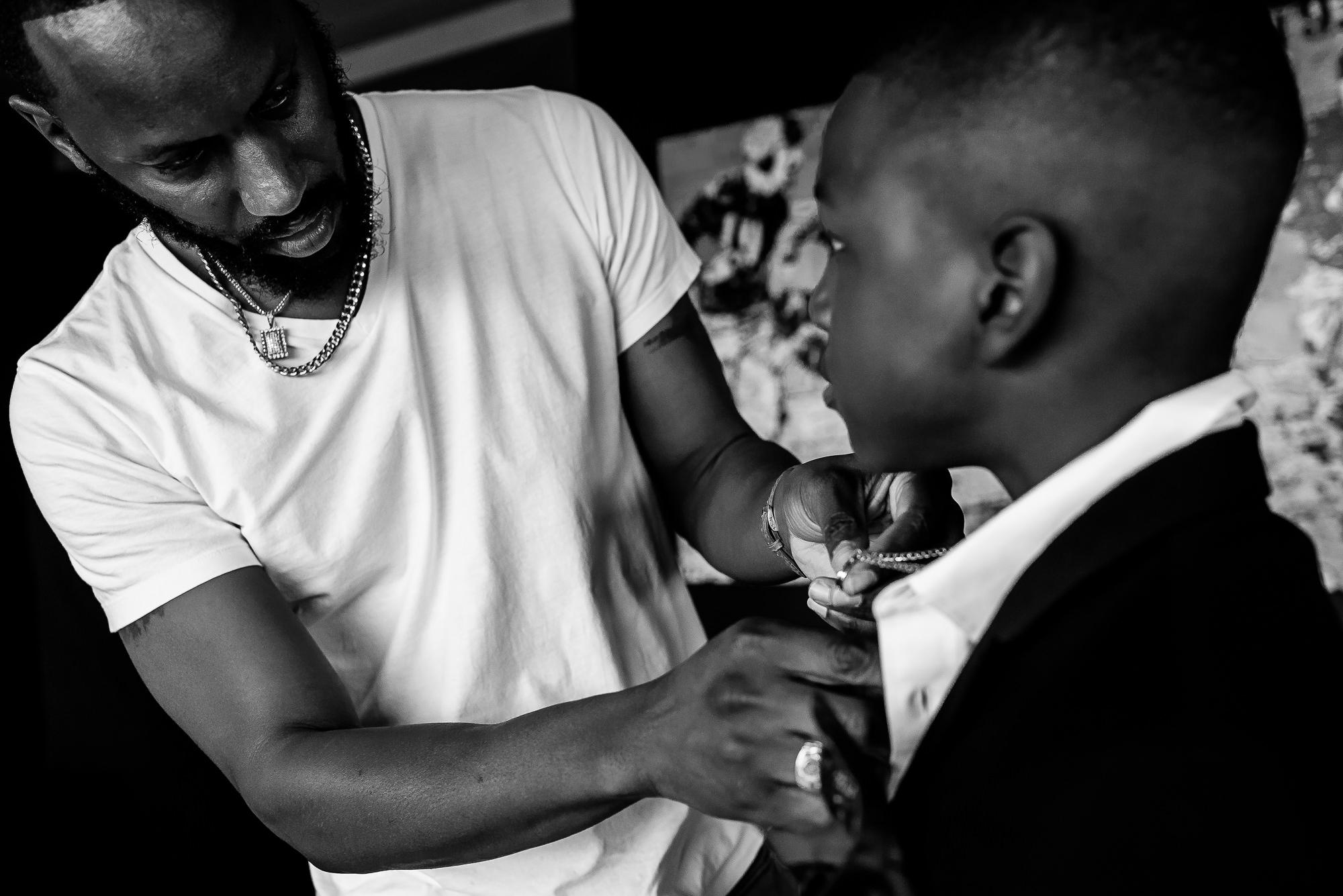 011-011-christopher-jason-studios-university-of-maryland-wedding-raheem-Devaughn-african-american-bride-and-groom.jpg