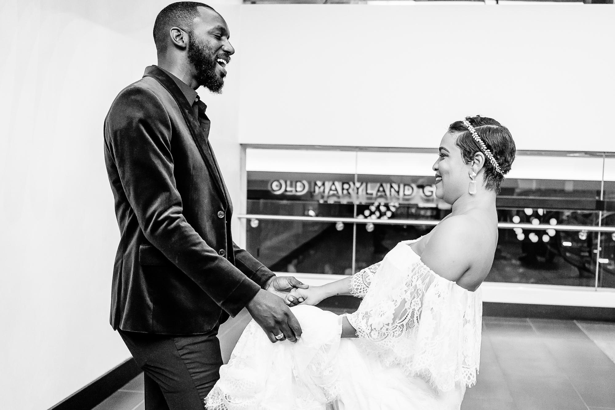 024-024-christopher-jason-studios-university-of-maryland-wedding-raheem-Devaughn-african-american-bride-and-groom.jpg
