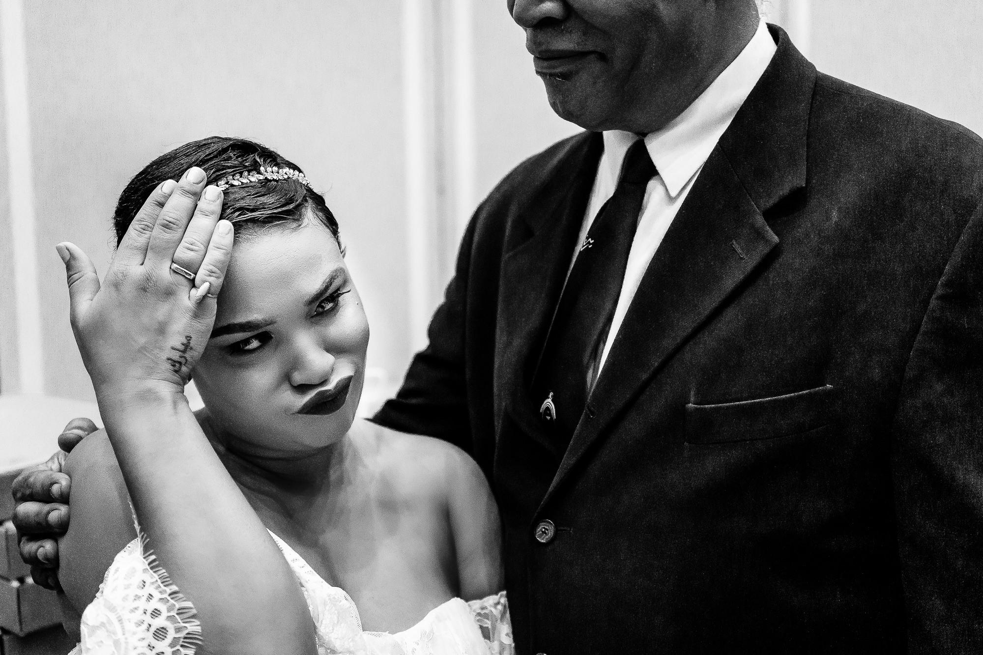 028-028-christopher-jason-studios-university-of-maryland-wedding-raheem-Devaughn-african-american-bride-and-groom.jpg