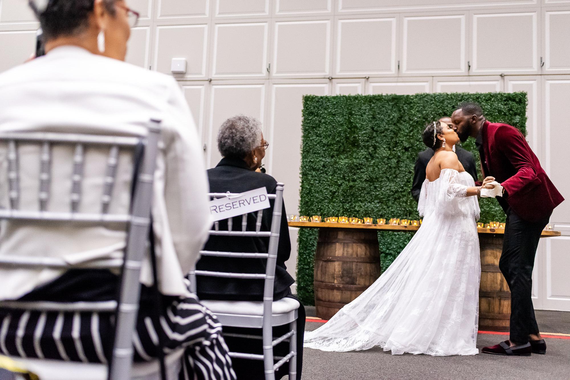 039-039-christopher-jason-studios-university-of-maryland-wedding-raheem-Devaughn-african-american-bride-and-groom.jpg