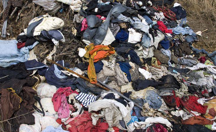 fast-fashion-waste-landfill-728x445.jpg