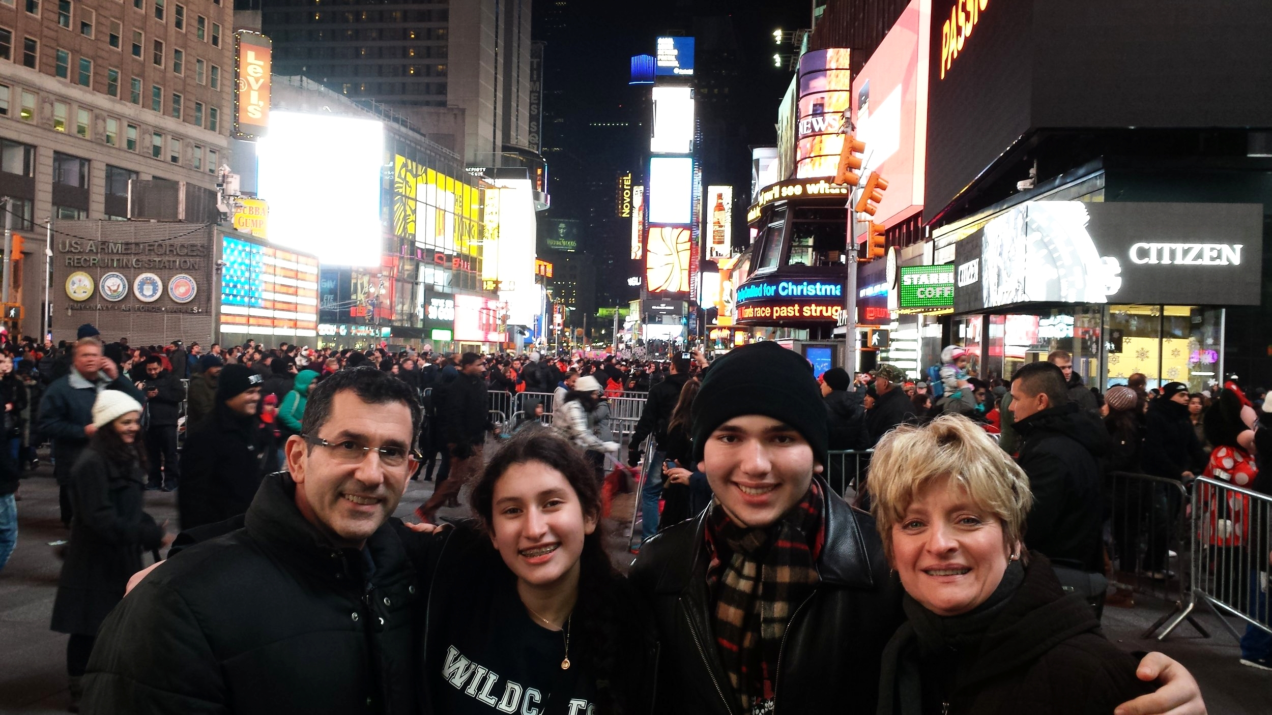 """""""What it is all about: Holiday time with the fam in NYC"""""""