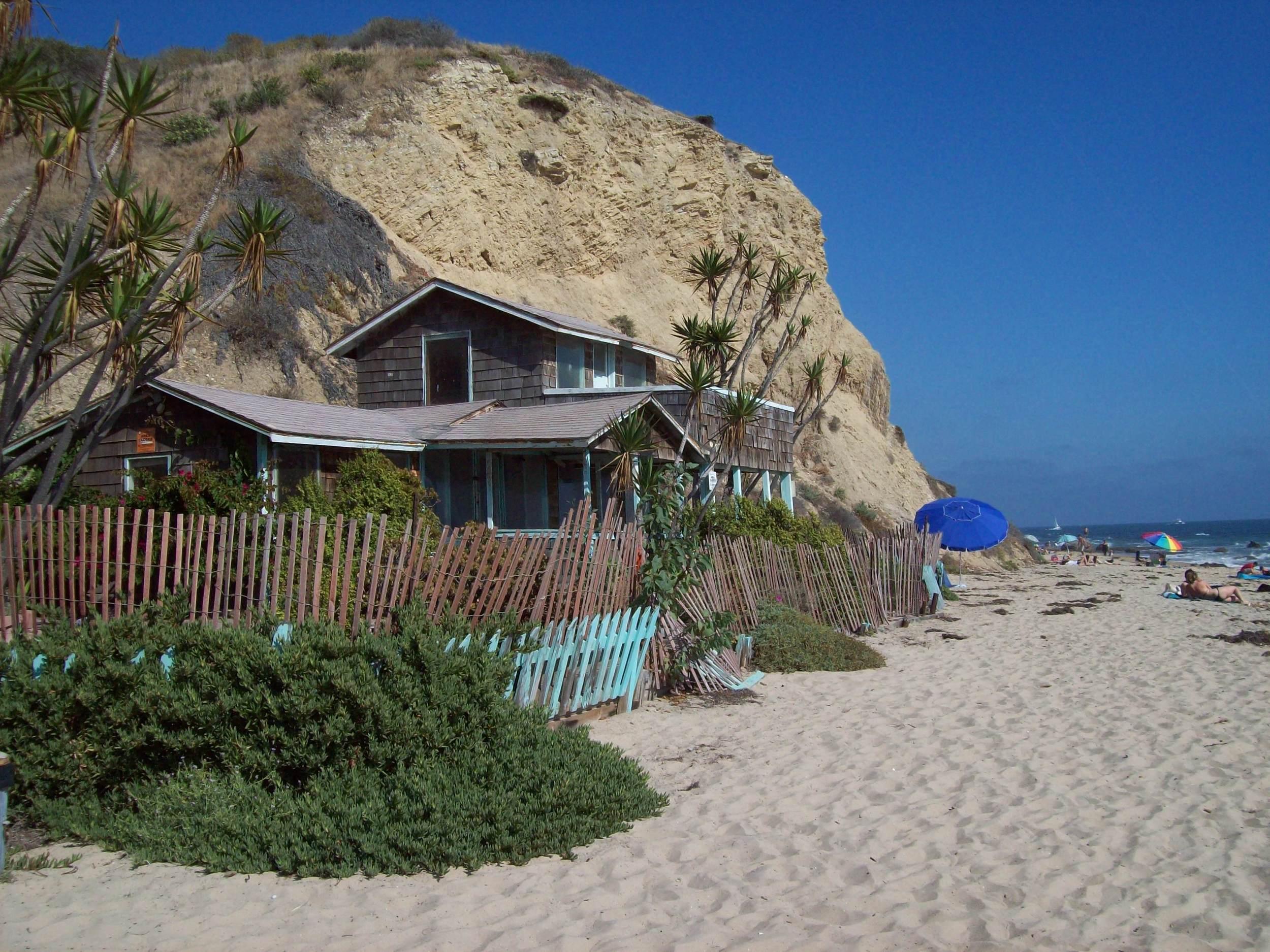 beachescottage.JPG