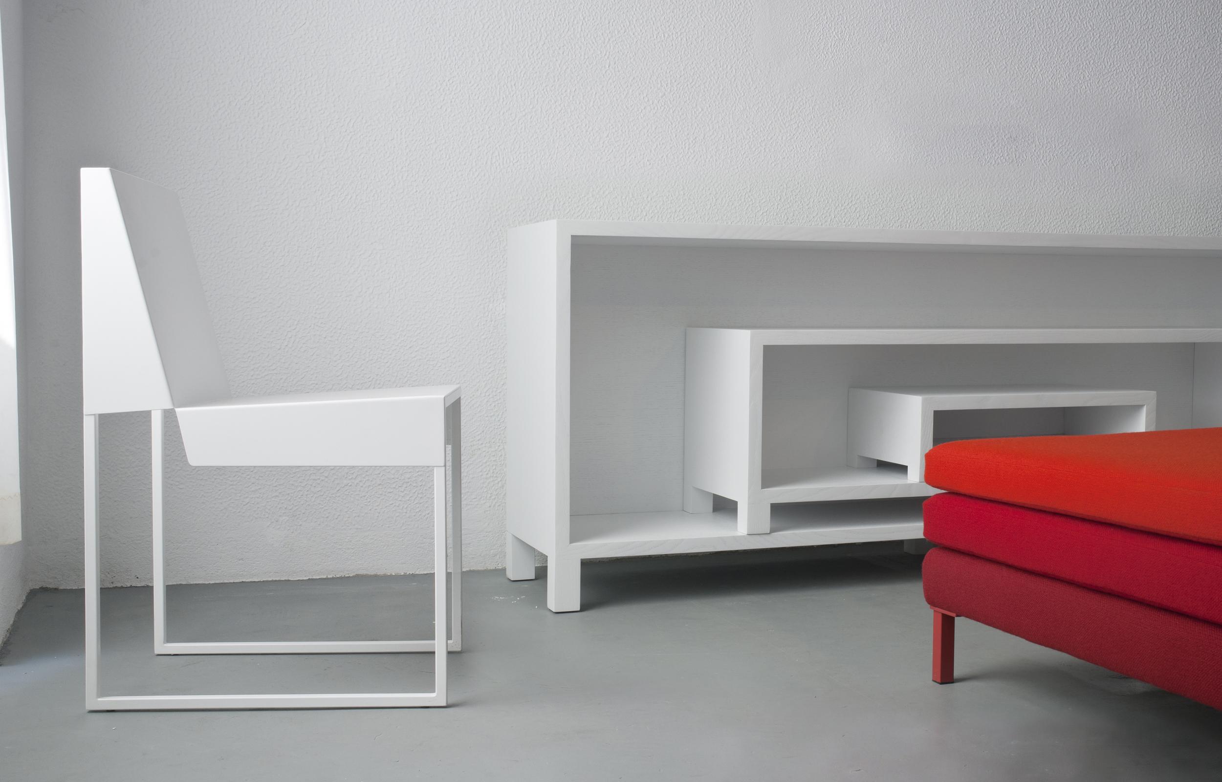 Paper chair + Ora + Layer.jpg