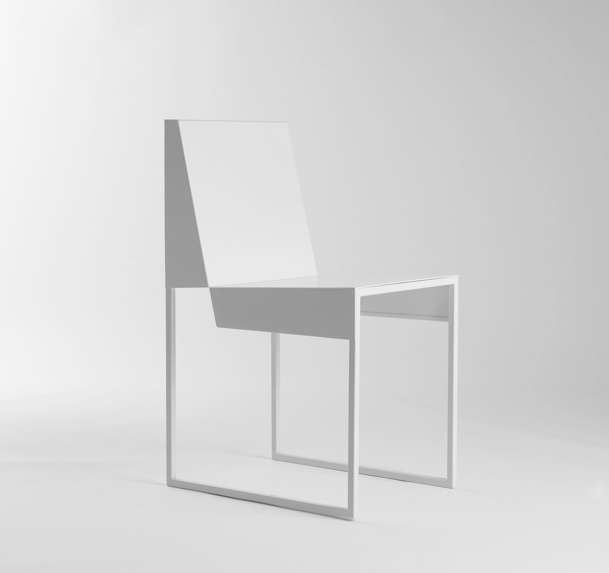 Paper+chair+2.jpg