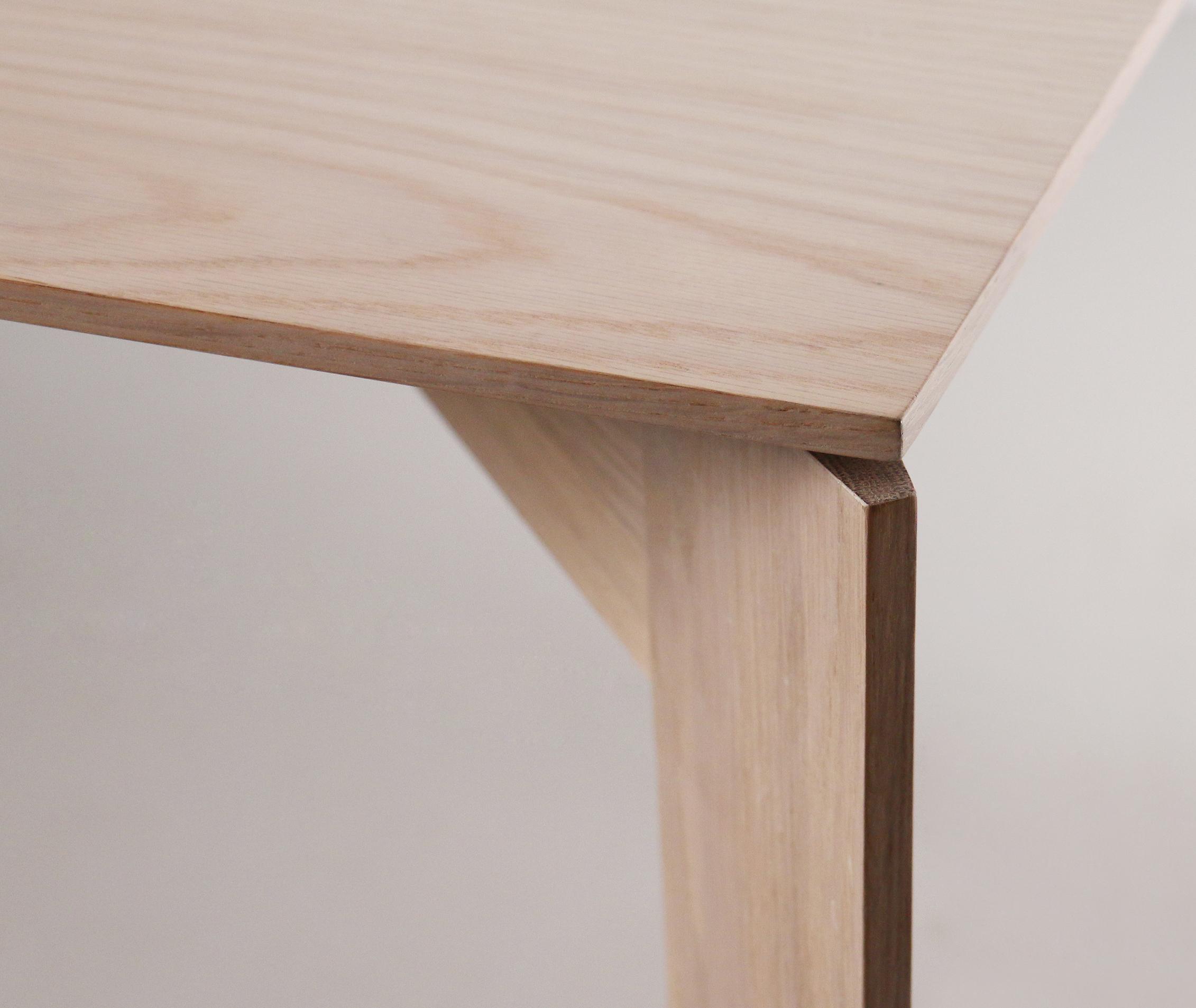 Arch dining oak detail 2.jpg