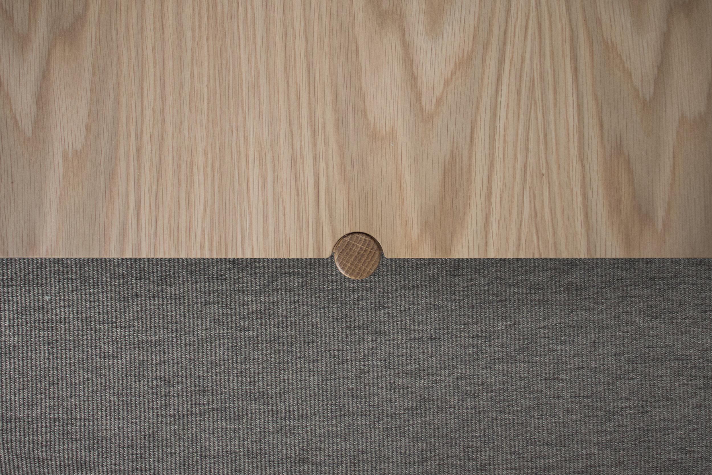 Nivel oak detail 2.jpg
