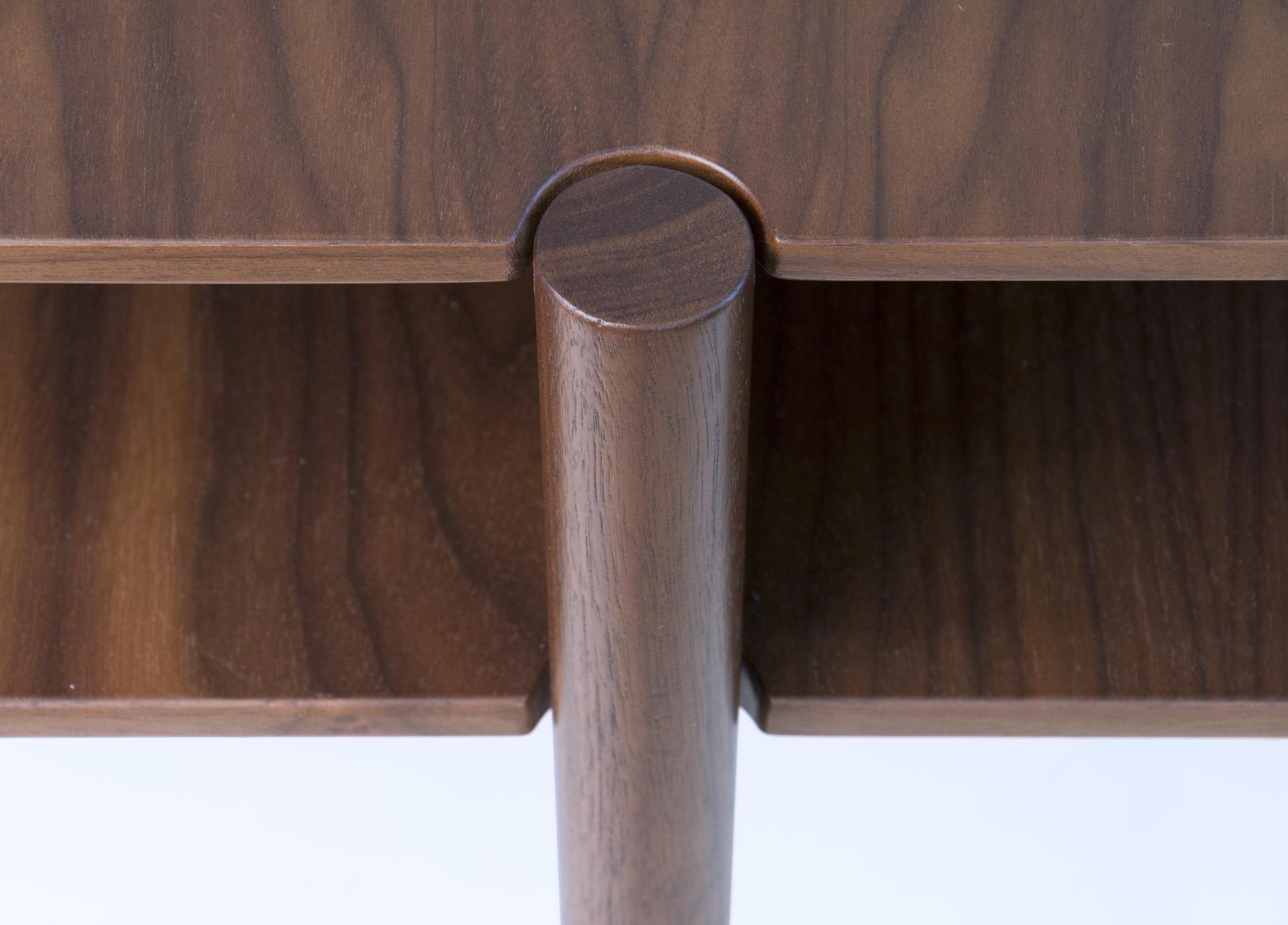 Nivel walnut detail 2.jpg