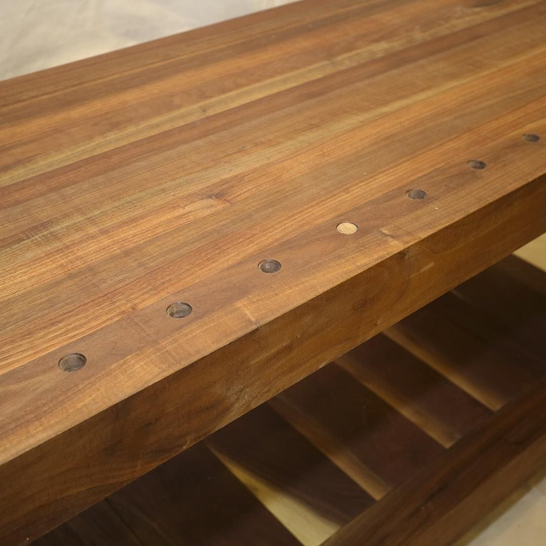 One last walnut Roubo shot for today…  #madeinusa #madeinmichigan #Benchcrafted #woodshop #workshop  #woodwork  #handmade #walnut #workbench #roubo #tenon #dovetail  http://ift.tt/1jtb8DW
