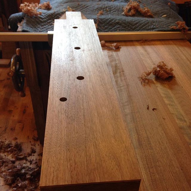 I did the final smoothing on the legs and stretchers for the walnut Roubo that will be headed to TX…where everything is bigger? I much prefer the look of a handplaned surface to that of sandpaper. Plus shavings are so much nicer that sawdust! 😉 I think David @cupandchisel will be pleased  #walnut #mcmfurniture #madeinmichigan #handmade #workbench #roubo #cupandchisel #sandingsucks #handplanesaregood  http://ift.tt/1Mbnuej