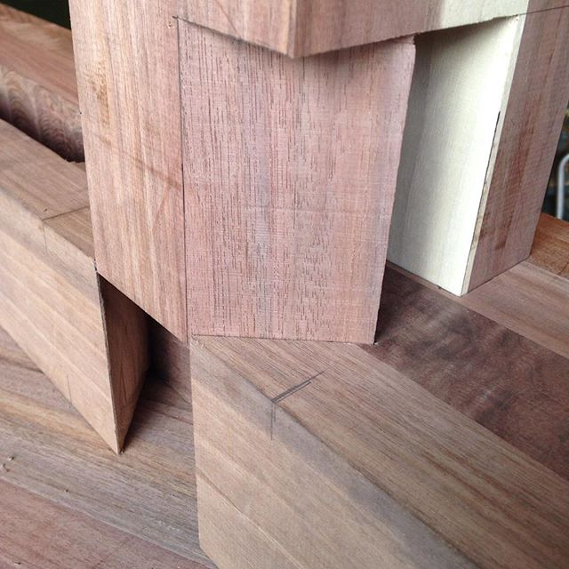 Things are coming together nicely on the walnut workbench. Sliding dovetail and tenon fitting like a glove. Sweet!  #joinery #dovetail #tenon #mortise #walnut #roubo #workbench #handmade #madeinmichigan #mcmfurniture #woodporn  http://ift.tt/1LZiebr