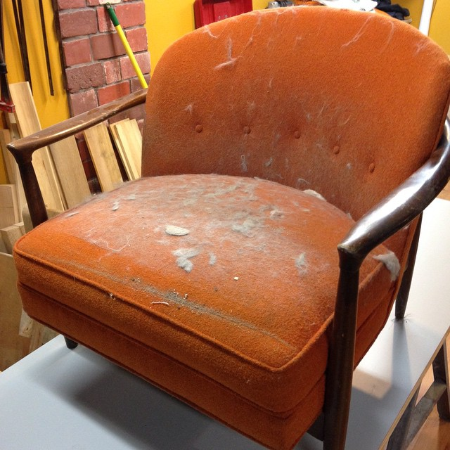 Here's a new mid century modern chair that I'm going to reupholster. I will also make a sister chair so I have a set. Unfortunately I have no idea who designed it…  Then the plan is to make some changes to the design and make some more!  #mcmfurniture #midcentury #mcm #midcenturymodern #designer #design #chair #upholstery #handmade #madeinmichigan #modern #vintage #retro #architecture #style #design #chair #seating #midcenturymodern #decor  http://ift.tt/1FHr1hN