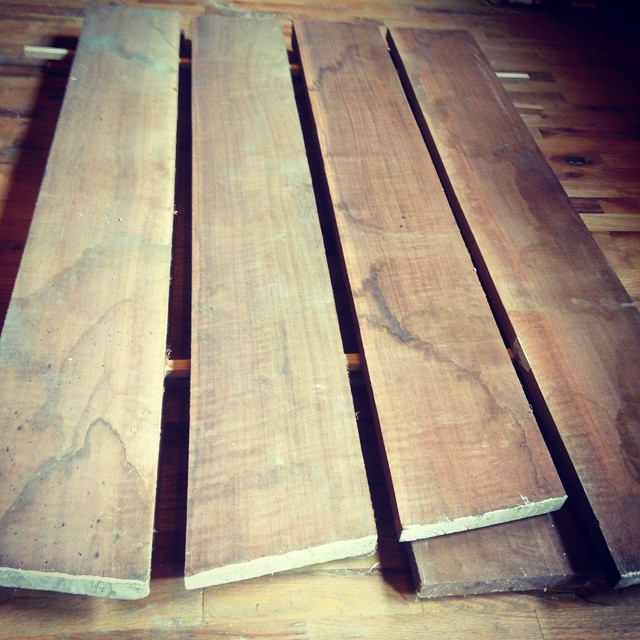 Picking through a stack of walnut for a workbench insert cabinet for my luthier buddy Kelvin Scott  #workbench #kelvinscott #walnut #dovetail  http://ift.tt/1xnpHyI