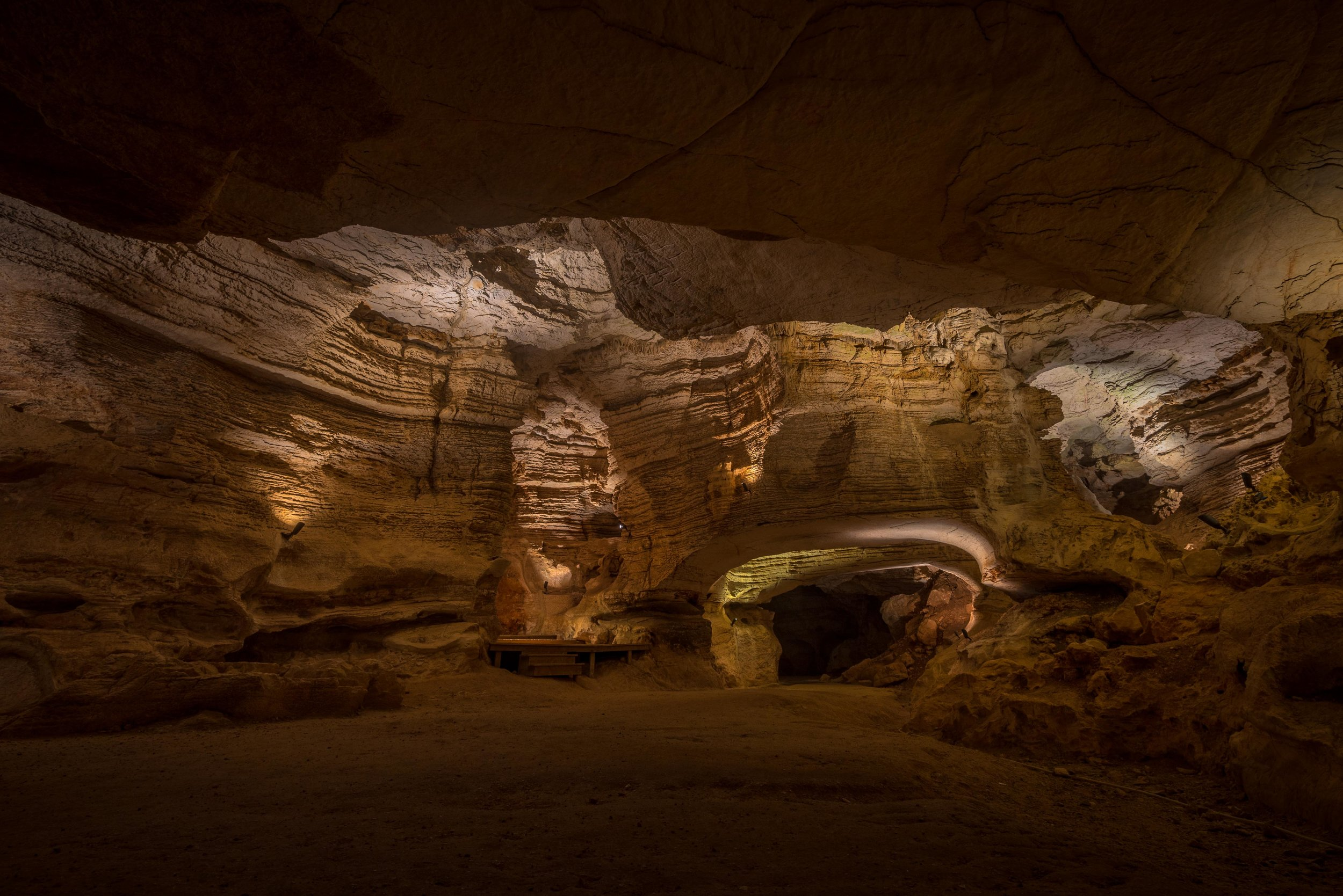 Longhorn Cavern - Texas