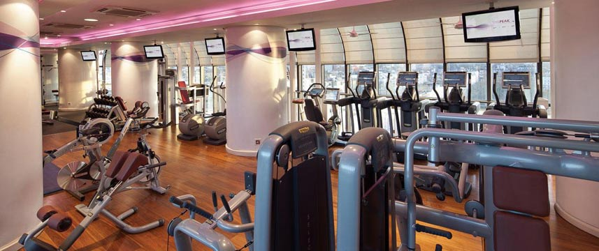 Jumeirah_Carlton_Tower_Gym.jpg