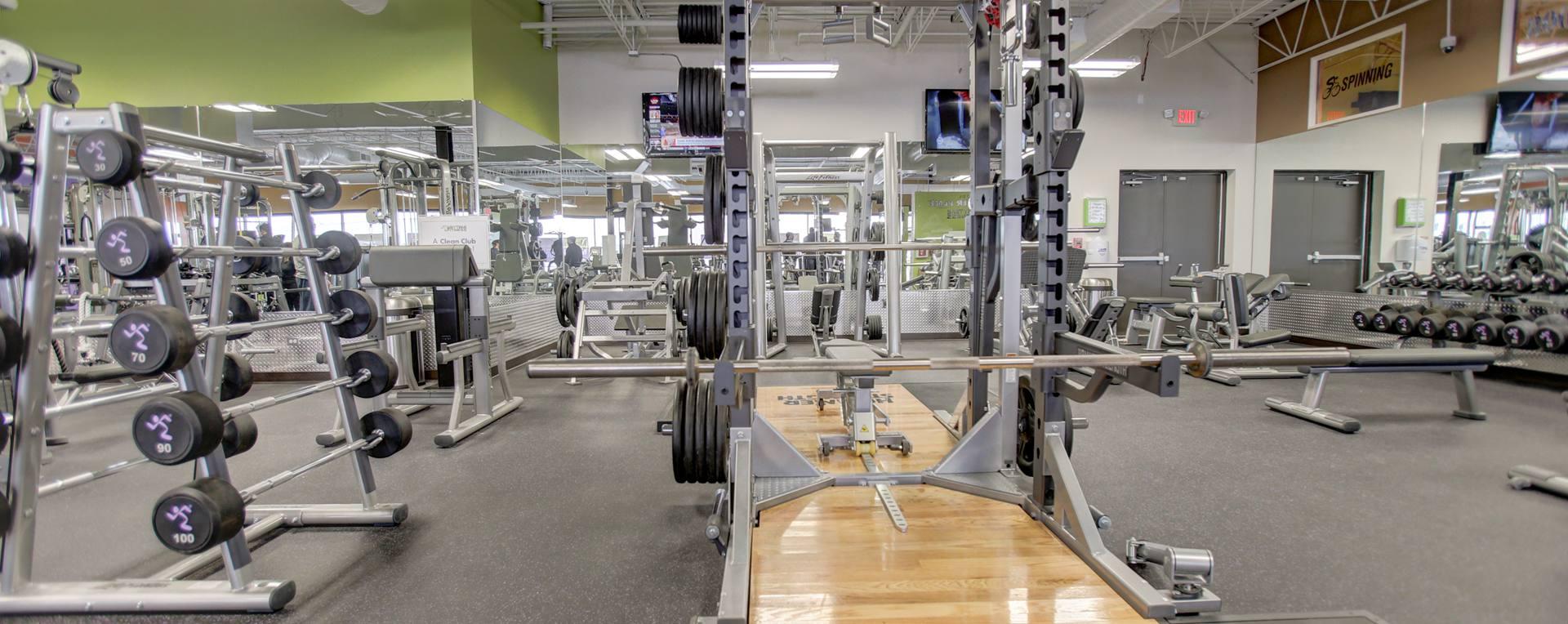 Anytime-Fitness-Downers-Grove-BenchesRacks-L.jpg