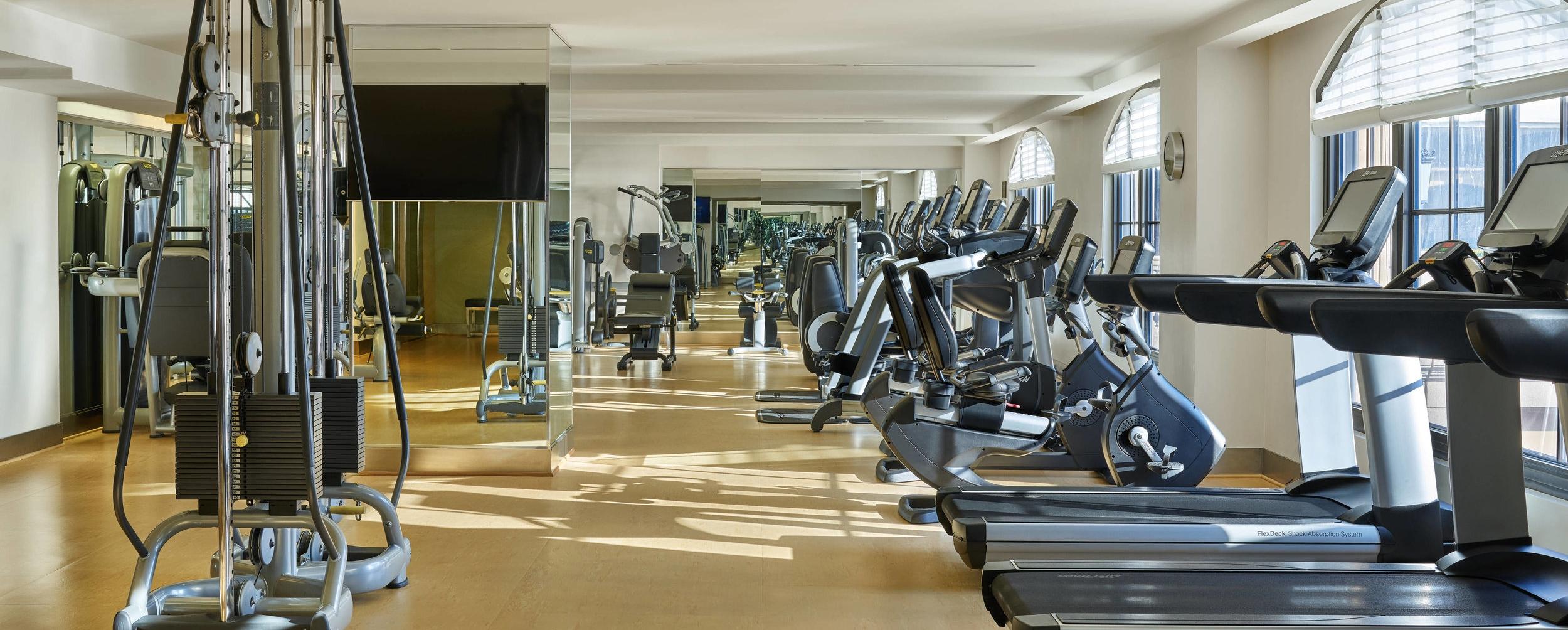 atlxr-fitness-center-4802-hor-clsc.jpg