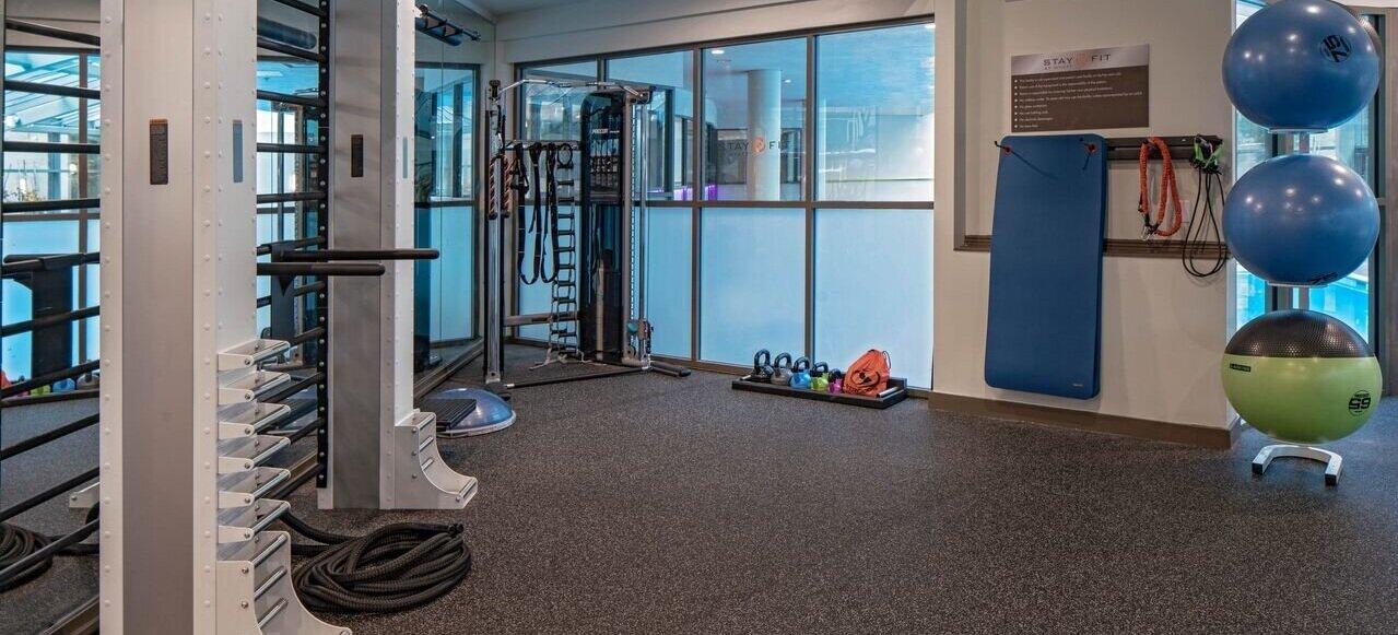 Fitness-Center-1_F5FB6850-B2FA-43CE-8A5D5F38401112A8_a9252b7f-51f1-44f0-a1a491ace3d34e13.jpg