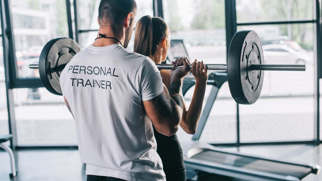 6 Benefits to a Career as a Personal Trainer - Fittest Travel