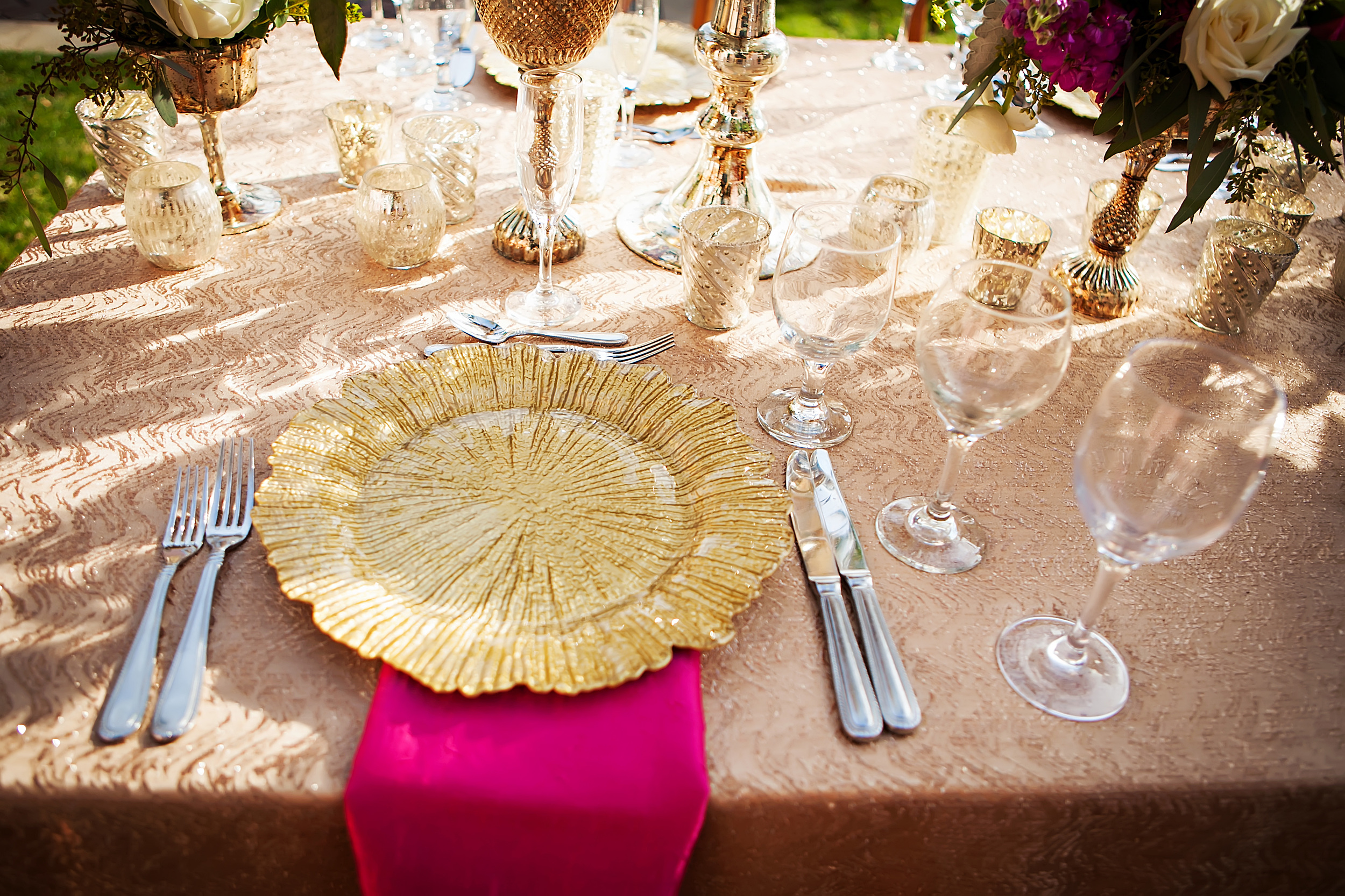 Gold Reef Glass Charger Plates