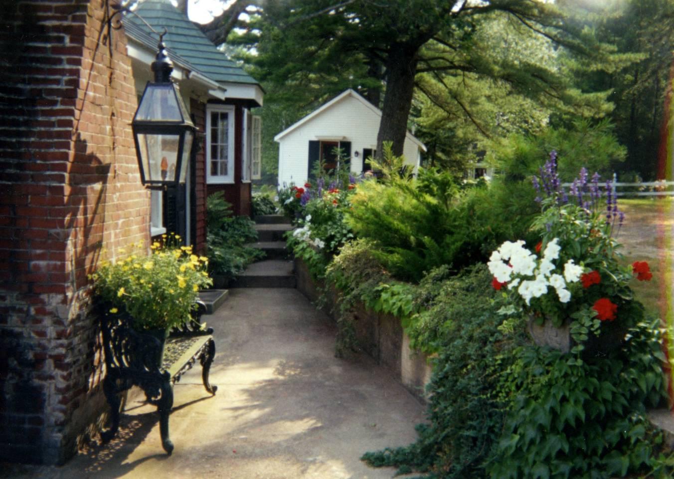 tea house gardens.jpg