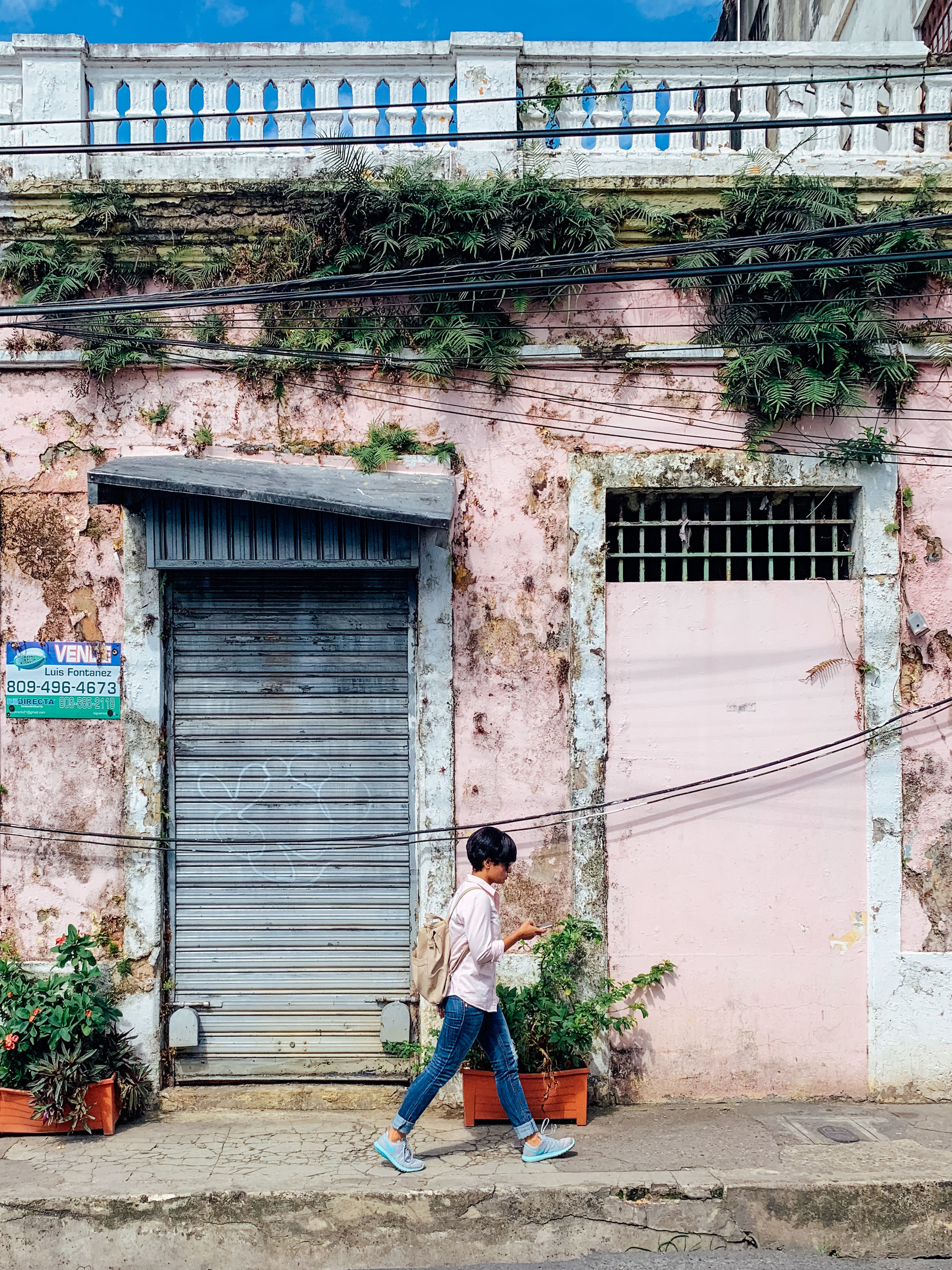 Pink and green asthetics in Zona Colonial, Santo Domingo