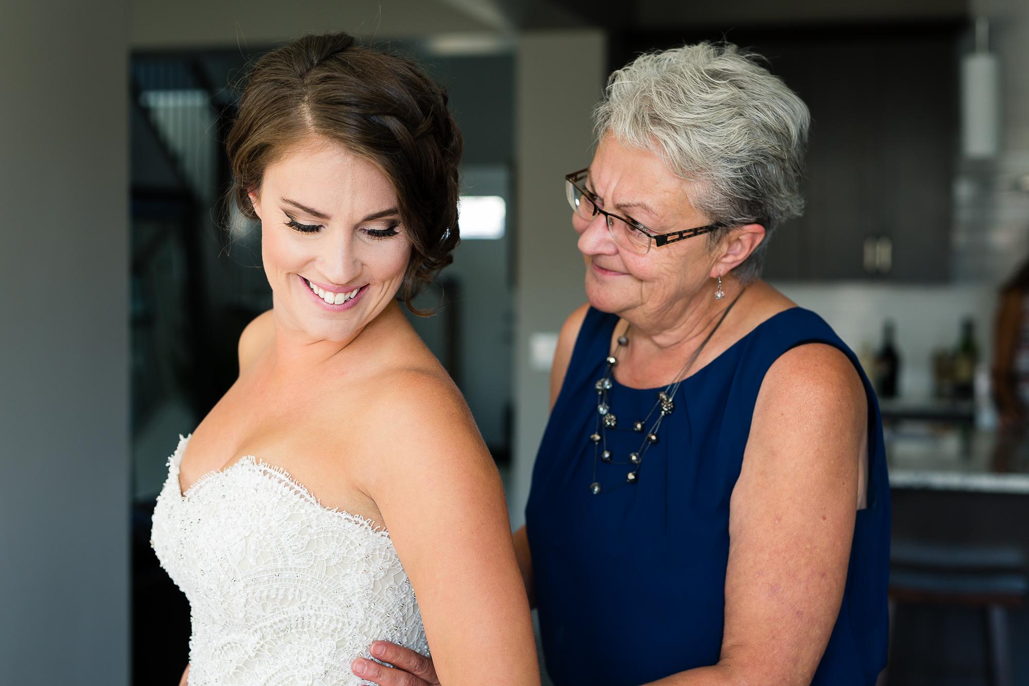 Wedding Photographers Edmonton-20.jpg