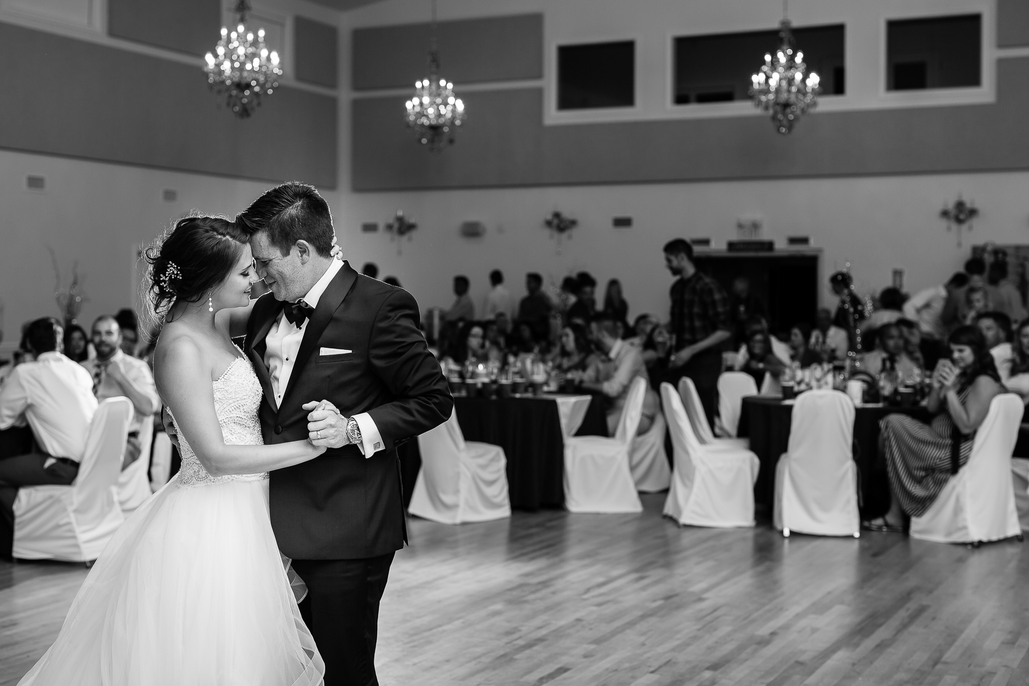 Wedding Photographers Edmonton-57.jpg