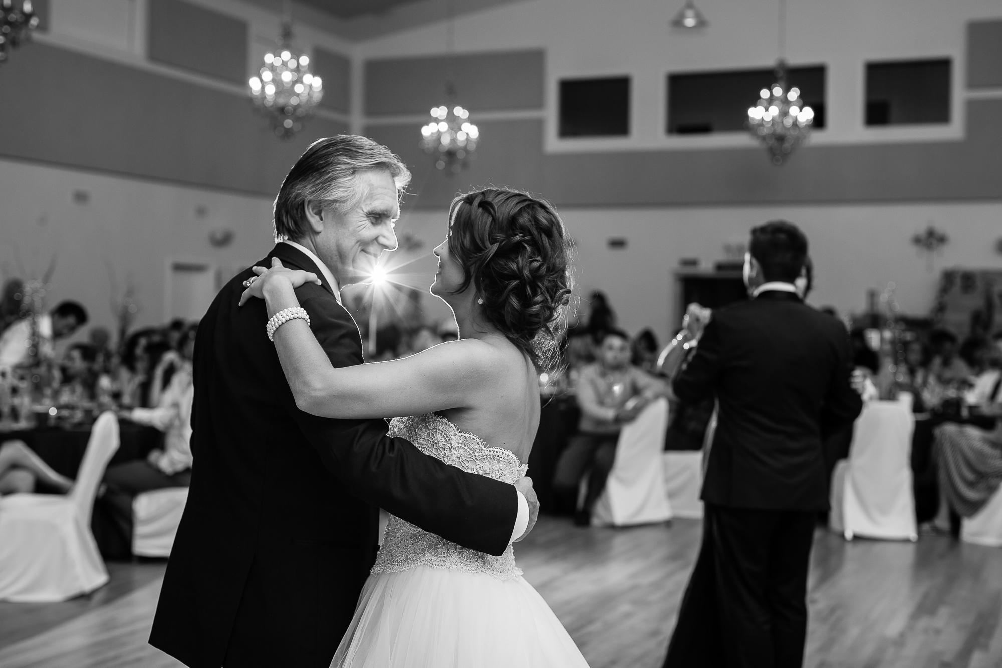 Wedding Photographers Edmonton-59.jpg