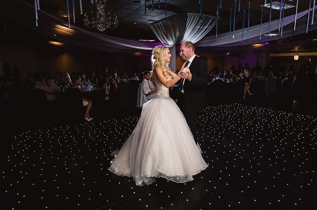 Father-daughter dances get me every time 😭❤️❤️ . . . . . #yeg #miragebanquethall #yegweddings #yegbride #yegweddingphotographer #edmonton #edmontonphotographer