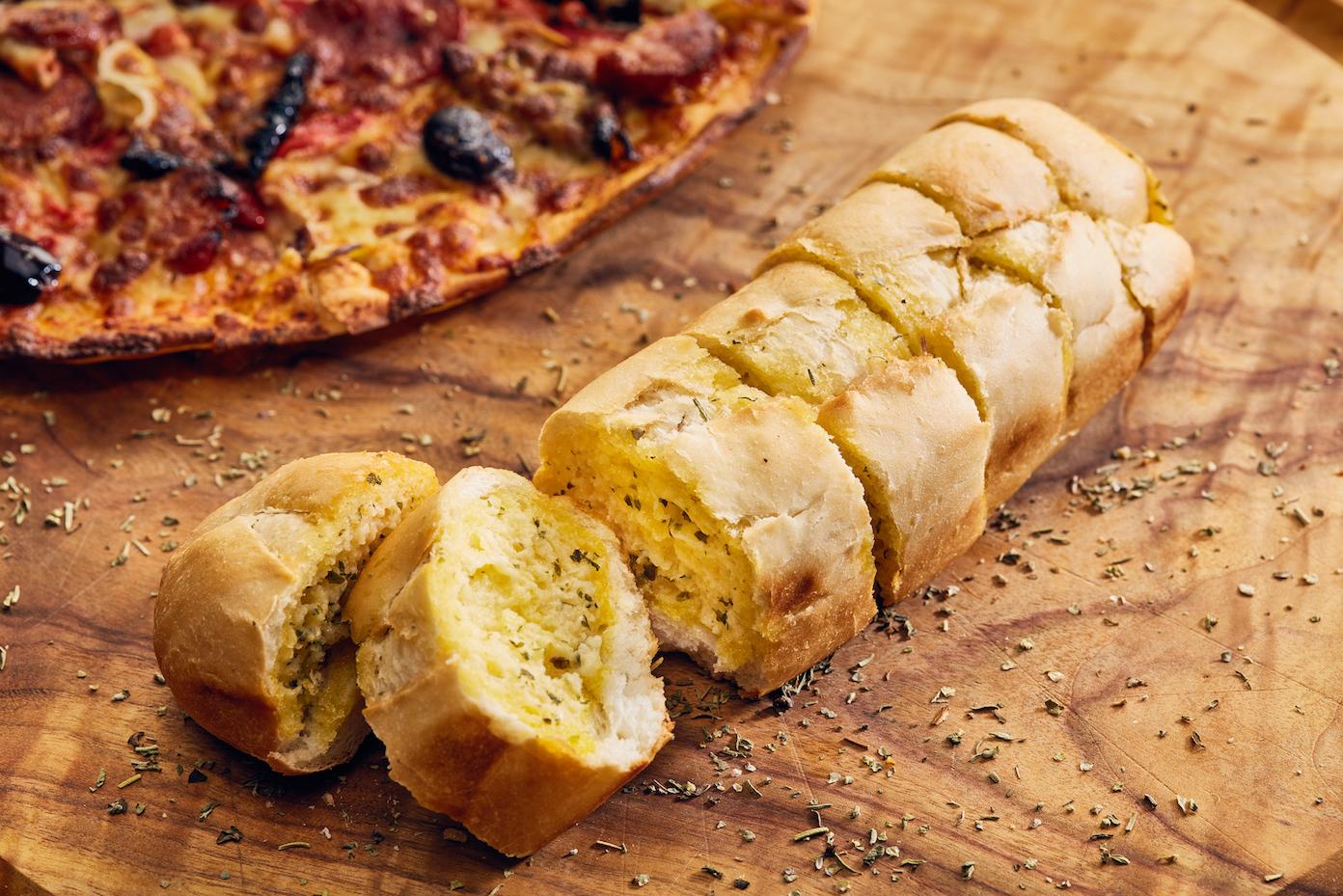 Garlic bread-1.JPG