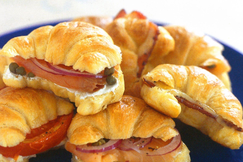 Resized_mini-croissants-with-3-fillings-14692-1.jpeg_611.jpeg
