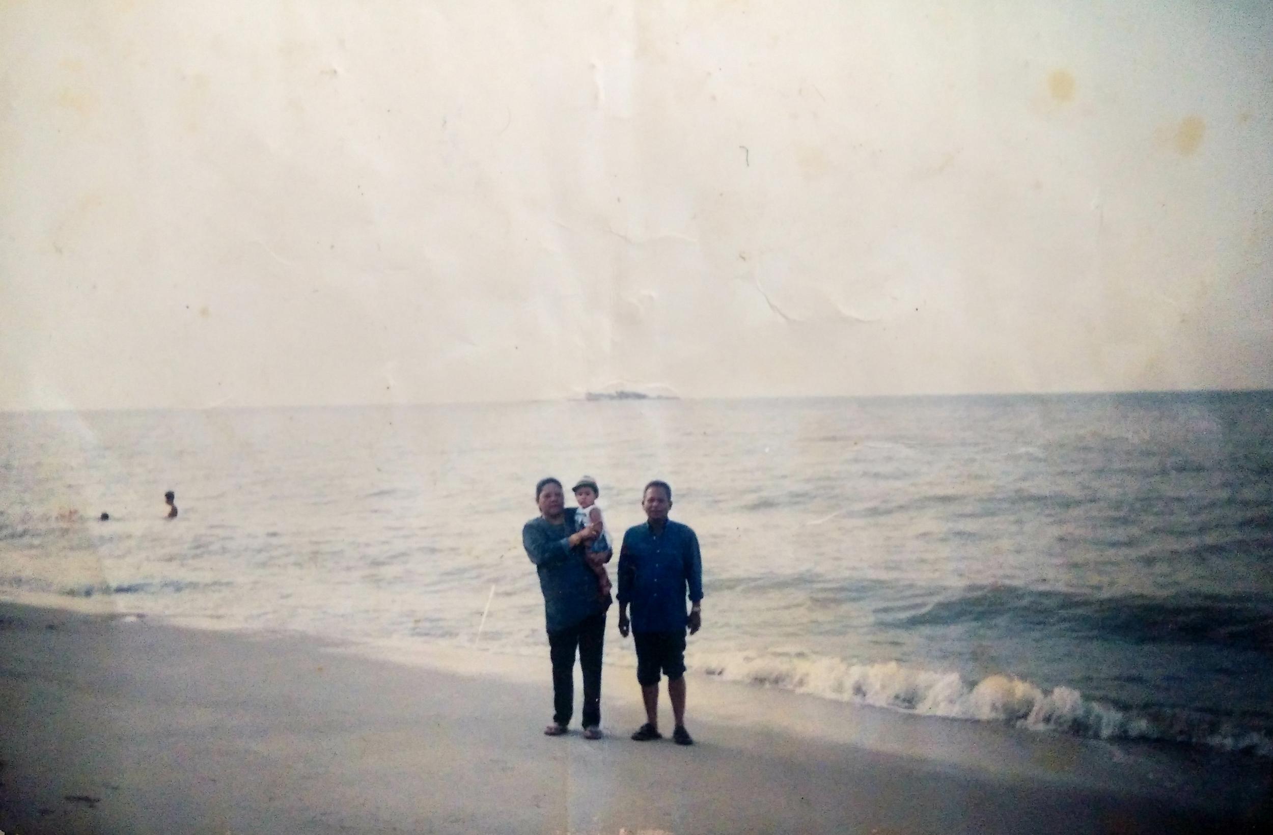 Faridah and Yamal on Pulau Pinang (Penang Island) in the early 1990s.