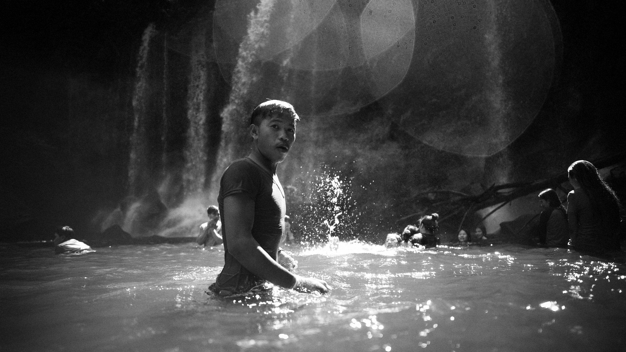 Siem Reap Waterfall 2017-90-Edit.jpg