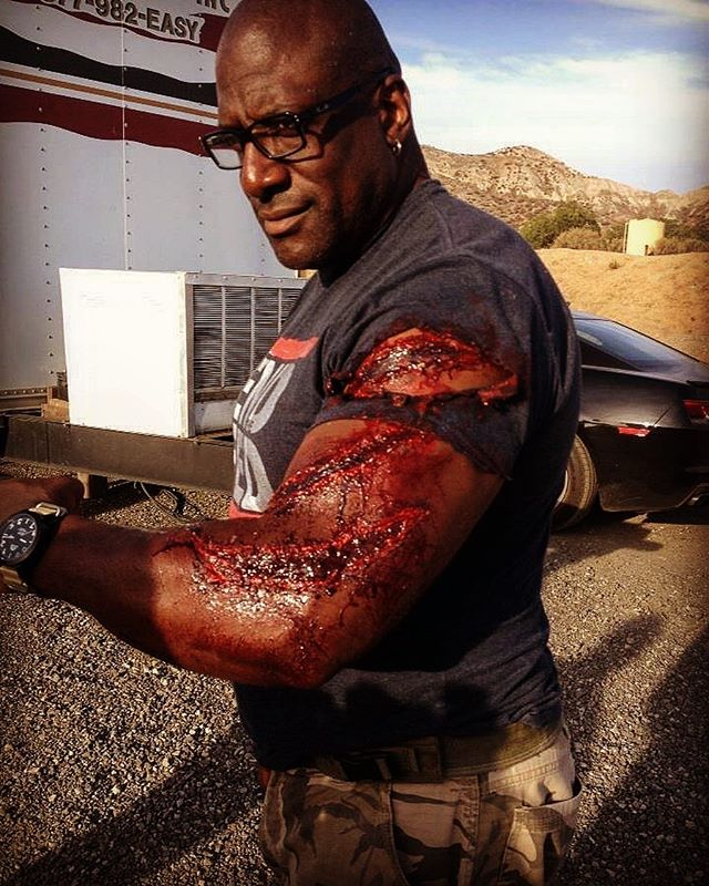 Kevin Grevioux looking a little scratched up on set of #theprey Make up by #Anitabrabec #thepreymovie