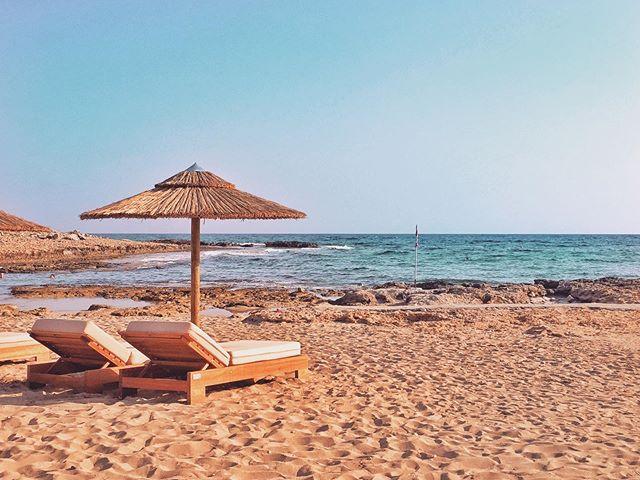 Beach please💙 . #cyprus#visitcyprus#topcyprus#bluecyprus#seacyprus#forevercyprus#ohitscyprus#justgocyprus#unlockcyprus#myamazingcyprus#cyprus_on_line#cypruslife#islandlife#summerincyprus#summer#tropical#islandgirl#cyprustags#travelcaptures#nosotrosviajamos#travelpicsdaily#keeptravelling#roamtheworld#passportlife#passionpassport#traveladdiction#travelpicture#travelthroughtheworld#vitaminseacyprus