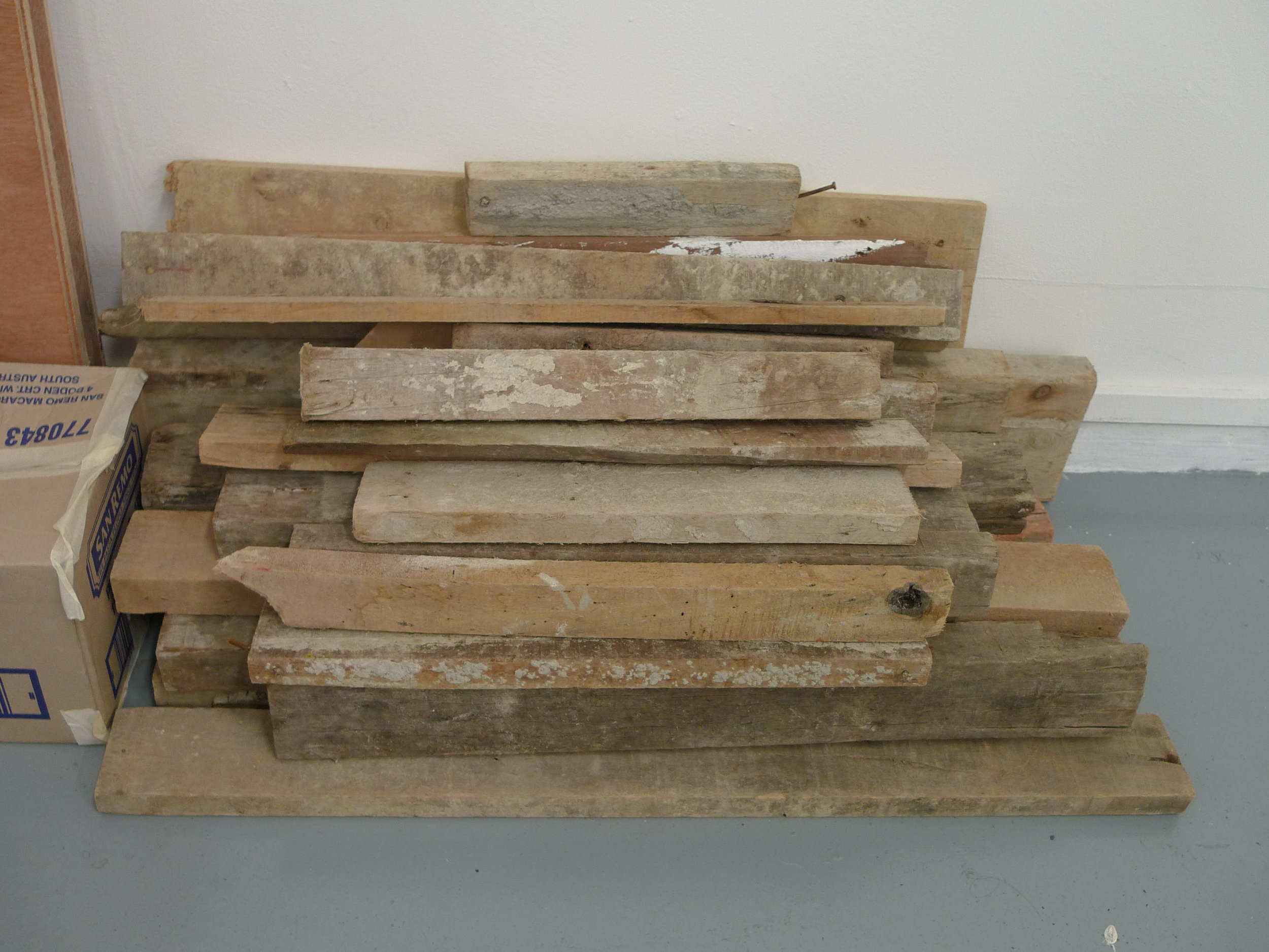 wood planks that I used for reference.JPG