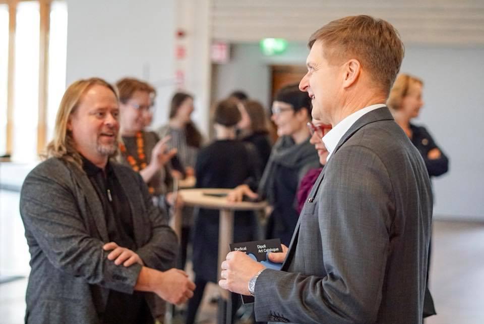 Artist Hans-Christian Berg and Aalto Uni President Ilkka Niemelä. Image: David Lewis /Aalto University.