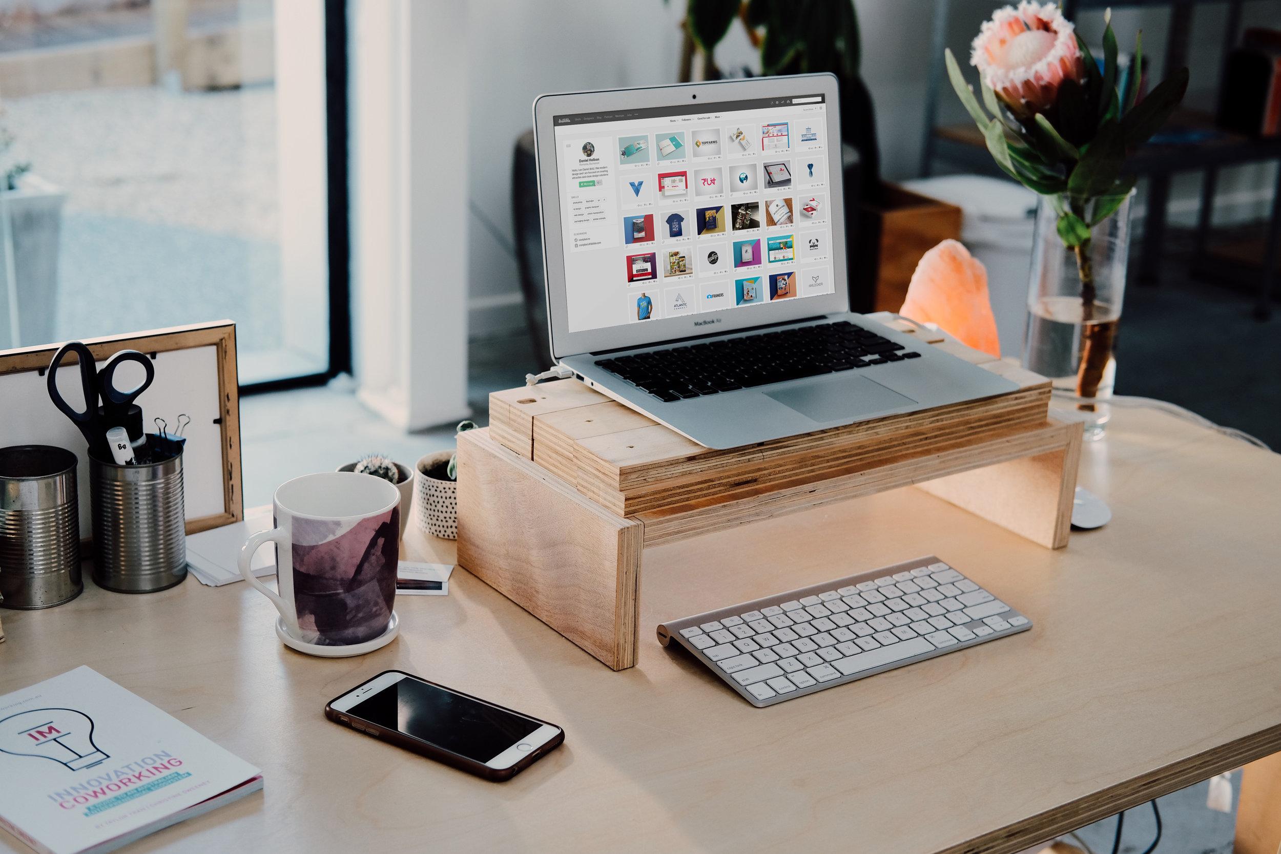MacBook_Air_Mockup_Free.jpg
