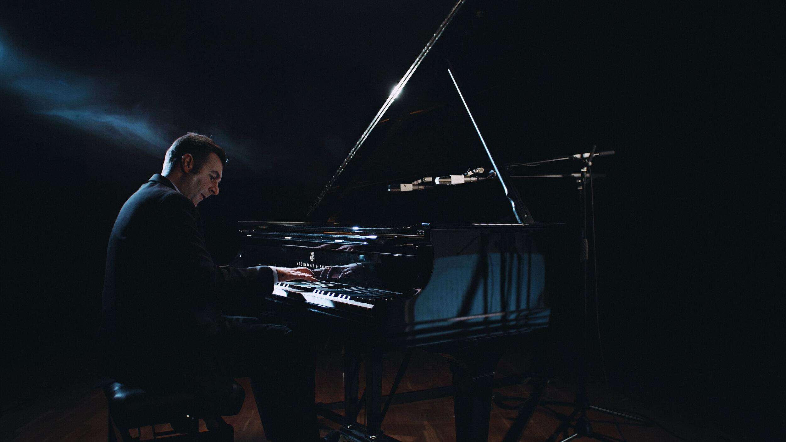 Ubuntu Management Group-Ubuntu Music Signs Acclaimed Pianist Rob Barron For Album Release