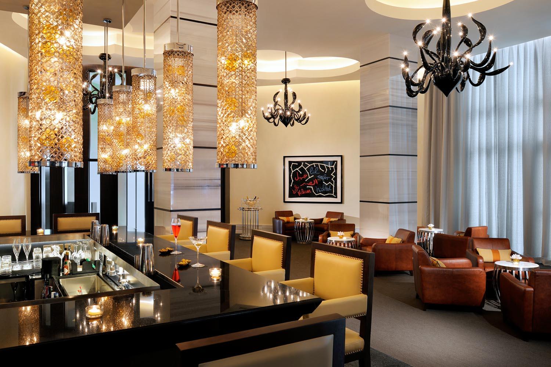 St Regis Abu Dhabi 002.jpg